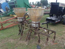 2 Row Pitsburg Cultivator