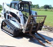 BOBCAT T590 COMPACT TRACK LOADE