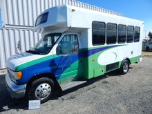 2002 FORD PASSENGER BUS W/WHEEL