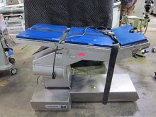 MIDMARK 7300 O/R Table