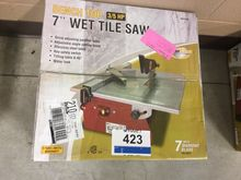 "7"" BENCH TOP WET TILE SAW"