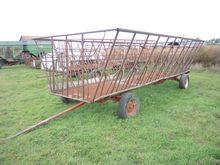 Feterl 24' Portable Hay Feeders