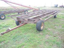 Pull 14 Bale Wagon