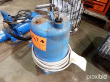 GOULDS 2IN. ELECTRIC PUMP