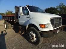 2000 FORD F750 S/A FLATBED DUMP