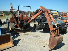 DITCH WITCH R40 COMBO TRENCHER,