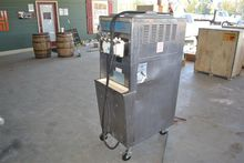 TAYLOR 794-33 ICE CREAM MACHINE