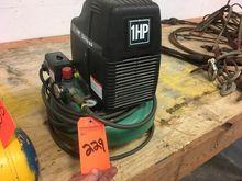 Hitachi 1 hp. air compressor