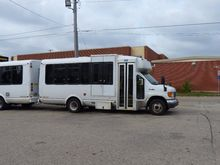 Ford F450 bus 6.0 diesel with 2