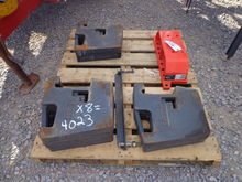 Kubota M1875A Weight Bracket