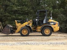2012 CAT 908H2 RUBBER TIRED LOA