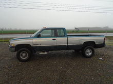 1996 Dodge 2500 4X4 CLUB CAB PI