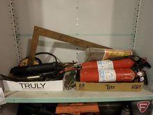 Contents of shelf: Craftsman ro