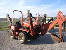 2004 Ditch Witch RT40 trencher/