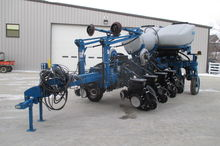 2014 Kinze 4900 12 Row Planter