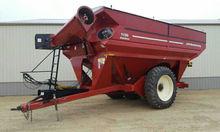 J&M 1150 Grain Storm Cart