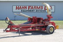 Gehl 1060 forage harvester, 2 r