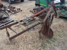 Pittsburg 2 Row Cultivator w/PT