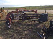 Case IH 960 Side Delivery Rake