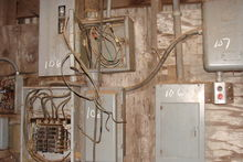 (2) GE SAFETY SWITCH