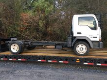 2006 FORD LCF CAB AND CHASSIS,