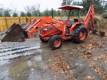 Kubota L5450 4WD Tractor - Load