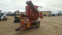 Gehl 125 Mixer Mill