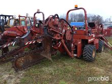 2000 Ditch Witch 5110DD Rubber