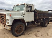 Used 1982 IH DUMP TR