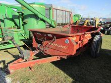 Manure Spreader NH 145 W/ tailg