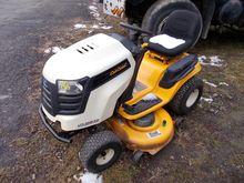 Cub Cadet LTX1046kw Lawn Tracto