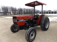 1989 IH 485 Utility Tractor