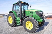 '14 JD 6105M MFWD tractor