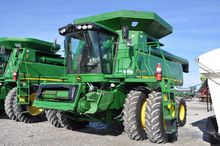 '09 JD 9770STS 2wd combine