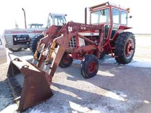 Farmall 1066 Tractor and Loader