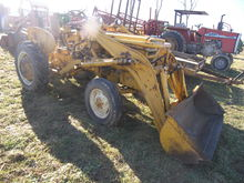 Int 240 Utility Gas Tractor