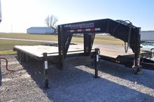 '11 Trailerman 30' GN flatbed t