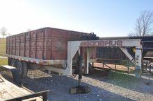 76 Donahue 16' GN grain trailer