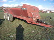 H&S 2606 T/A Spreader