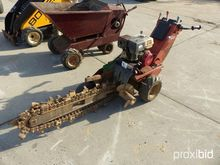 DITCH WITCH 1020 TRENCHER power