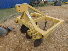 ARMSTRONG AG CHISEL PLOW