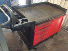 RUBBERMAID TRADE MASTER CART