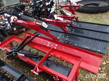 HOWSE STRAIGHT BLADE HGB7
