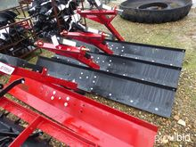 HOWSE STRAIGHT BLADE HGB8