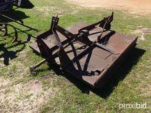 "Brown 72"" 3 pt. rotary mower w/"