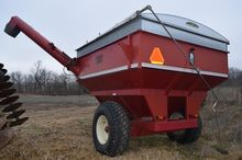 Ficklin grain cart