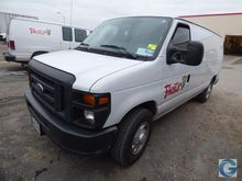 2014 Ford E-250 van with 75,297