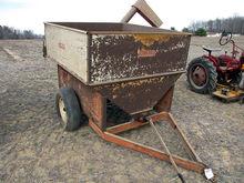 Helix grain 6' feed cart