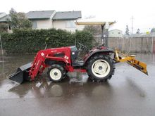 TYM T330 TRACTOR W/FRONT LOADER