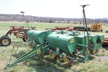 John Deere 1240 4-Row Planter,